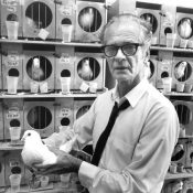 B F Skinner and pigeon