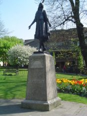 Statue of Pocahontas in Gravesend