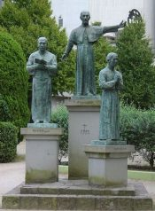 Statue of Xavier and his Japanese followers in Kagoshima